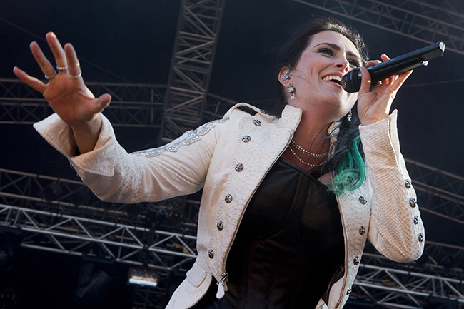 Sharon Den Adel och Within Temptation höjde sig ett snäpp förra året. (Foto: Jörgen Johansson)