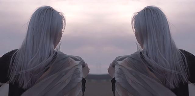 """Stillbild ur Sameblods musikvideo till """"My fortune""""."""