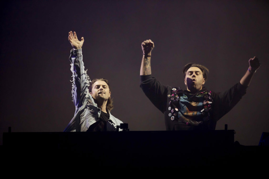 Axwell och Ingrosso avslutade första dagen av Summerburst med eufori. Foto: Magnus Sandberg
